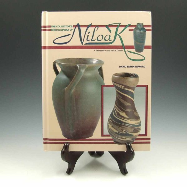 6: Collector's Encyclopedia of Niloak by Gifford