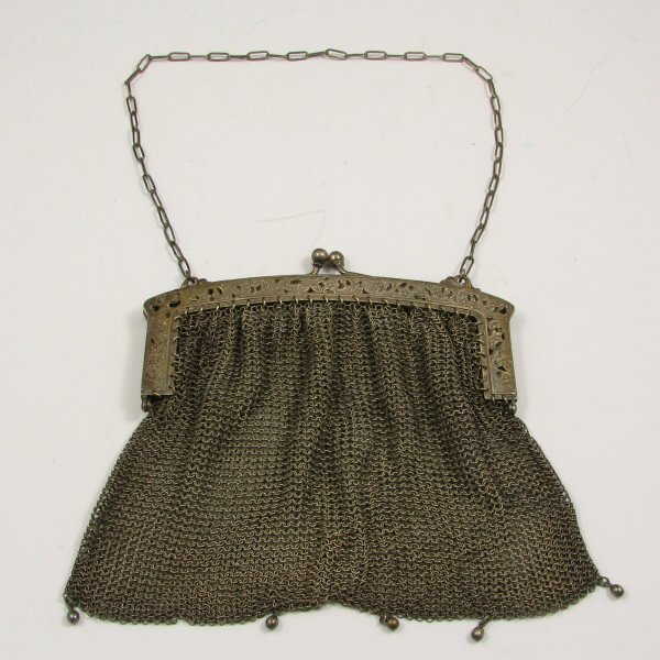 13: Antique Silver Mesh Handbag w/ Open Floral Frame