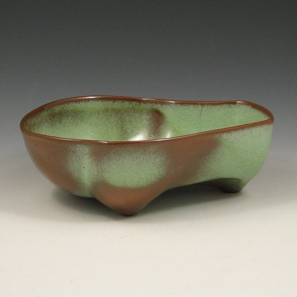 512: Frankoma Free Form Footed Bowl - Mint