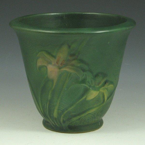"""9: Roseville Zephyr Lily 672-5"""" Flower Pot"""