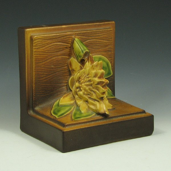 11: Roseville Water Lily #12 Book End