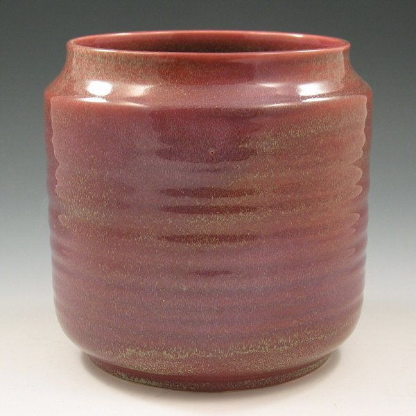 2021: Cowan Plum Glazed Vase - Mint