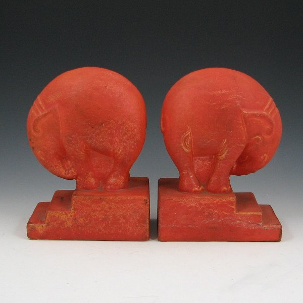 2270: Cowan Elephant Bookends in Oriental Red - Mint