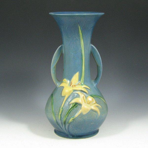 """5024: Roseville Zephyr Lily 137-10"""" Vase"""