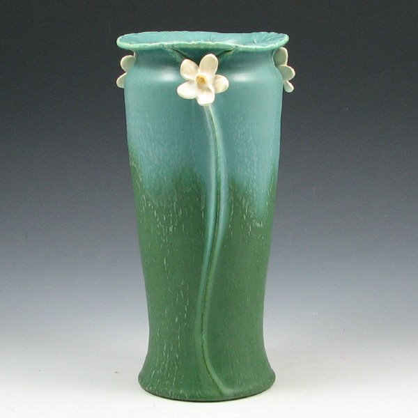 8: Ephraim #314 Mayapple Retired Vase - Mint