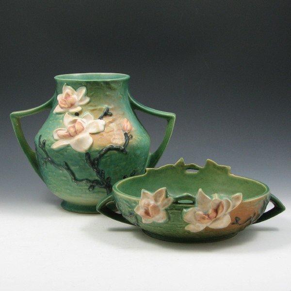 1018: Roseville Magnolia Vase & Console Bowl