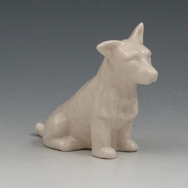 "14: Belleek Scottie 3 3/8"" Figurine - 6th Green"