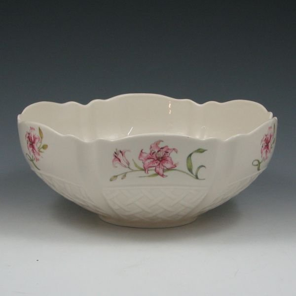 1300T: Belleek Country Trellis Bowl in Original Box