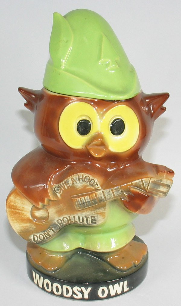 32: McCoy Woodsy Owl Lidded Cookie Jar - Mint