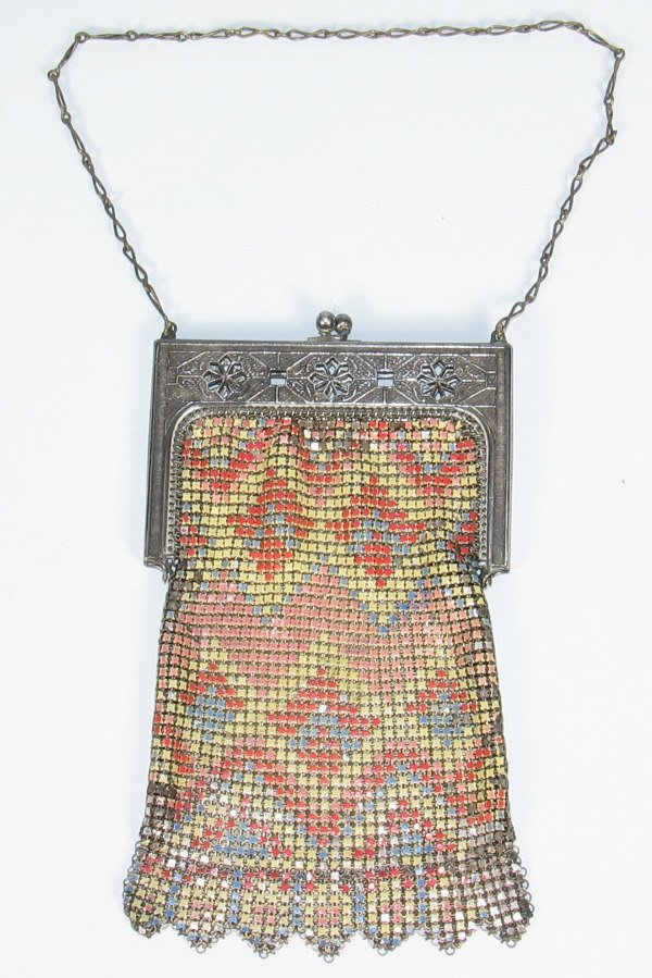 174: Whiting & Davis Geometric Enamaled Mesh Bag