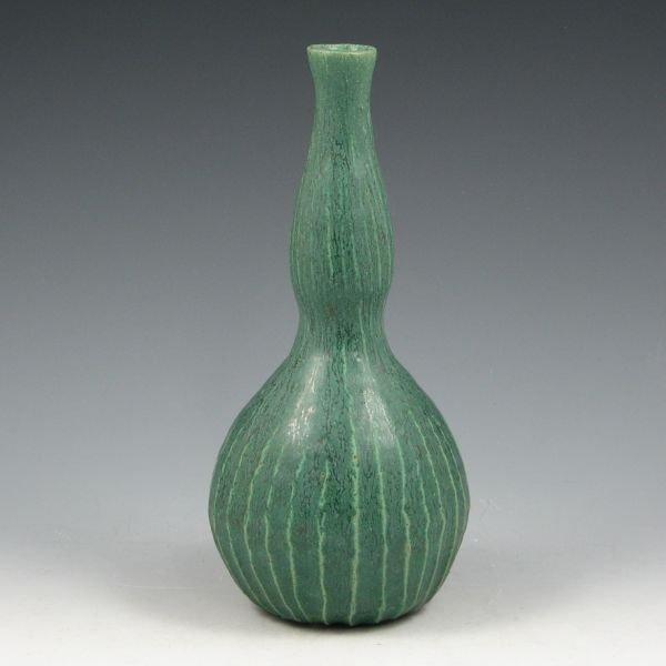 11: Tim Eberhardt 2007 Matte Green Gourd Vase - Mint