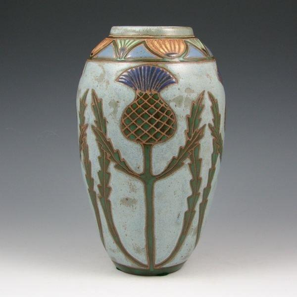 "21: Eric Olson 9 1/2"" Thistle Vase - Mint"