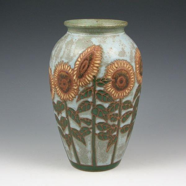 """22: Eric Olson 8 1/2"""" Sunflower Vase - Mint"""