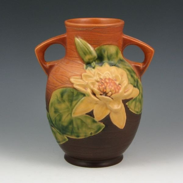 "2202: Roseville Water Lily 77-8"" Vase - Mint"