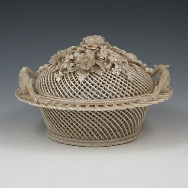131: Belleek Four-Strand Covered Basket (1921-1954) - 2