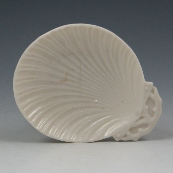 151: Belleek Shell Plate - 1st Black