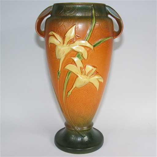 541 Roseville Zephyr Lily 141 15 Vase