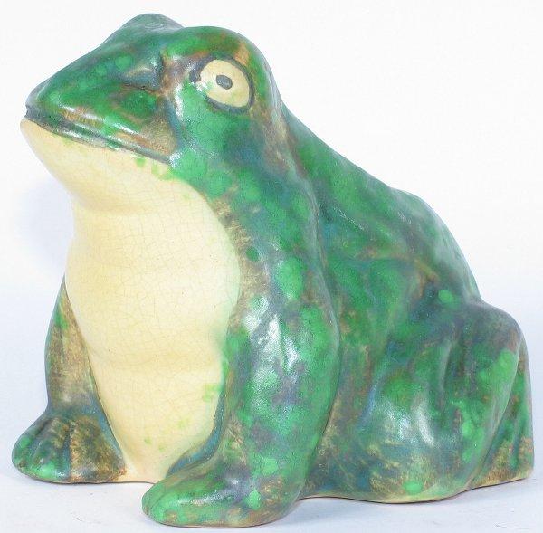 8: Weller Coppertone Frog Figural - Mint