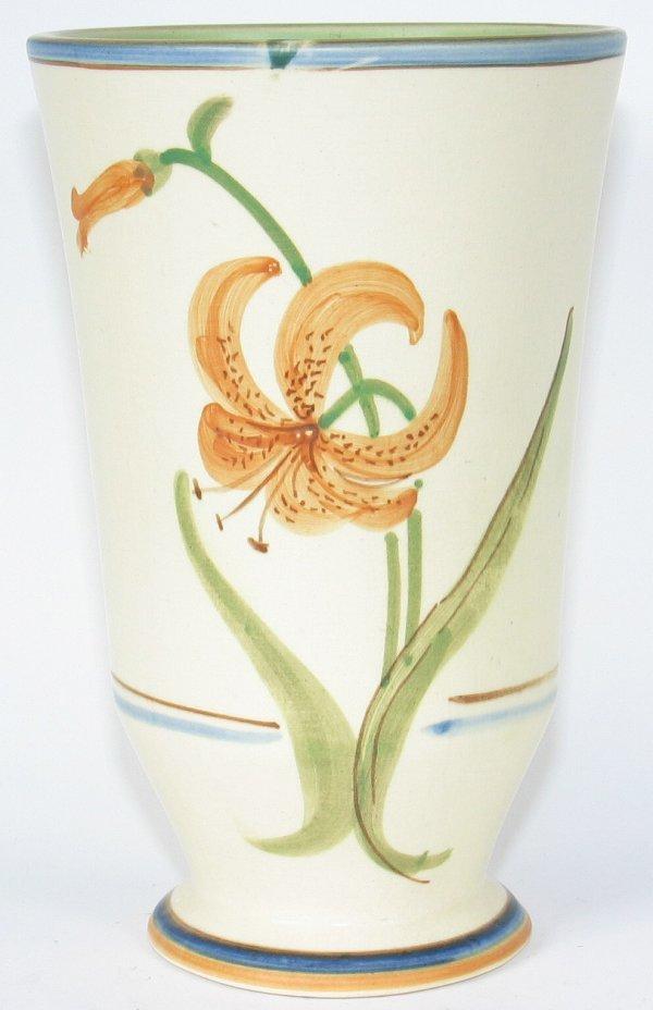 "15: Weller Bonito 9 1/8"" Vase - Mint"