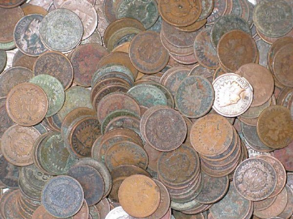 1: Lot of 200 Circulated Indian Head Cents