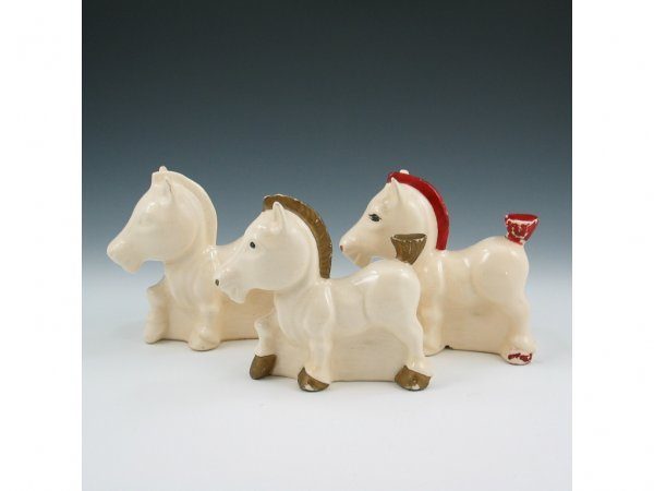 2: Hull Early Novelty Crazy Horse Planters (Three)