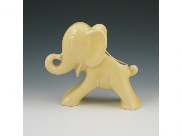 7: Hull Early Novelty Elephant