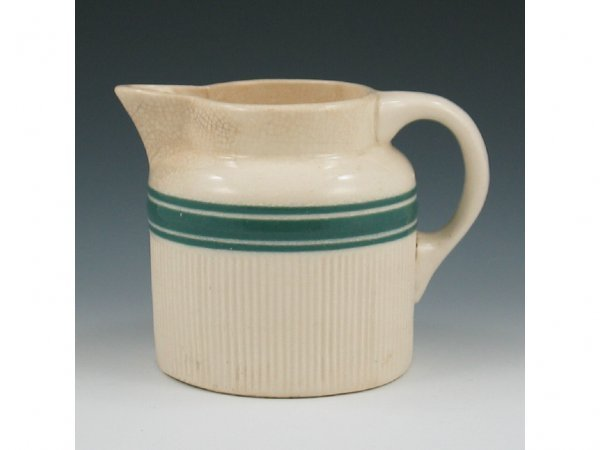 23: Hull Early Utility #107 Banded Pitcher