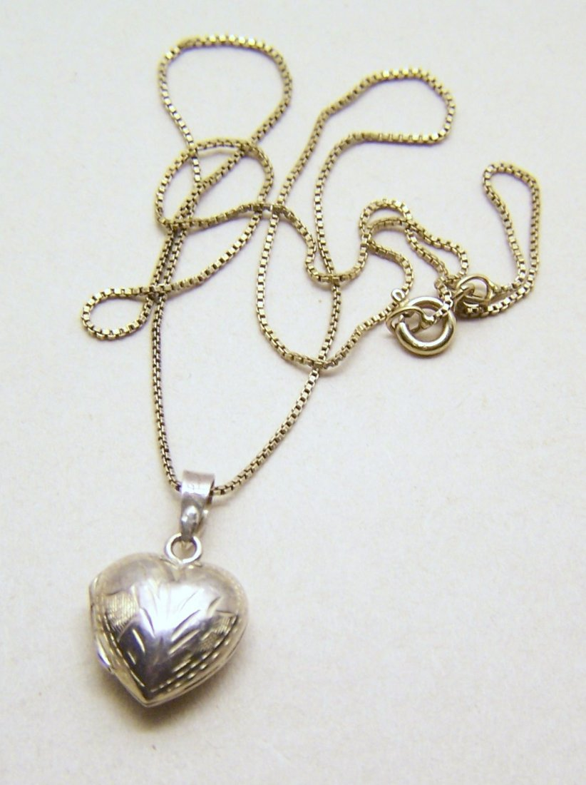 sterling silver heart locket  pendant chain necklace