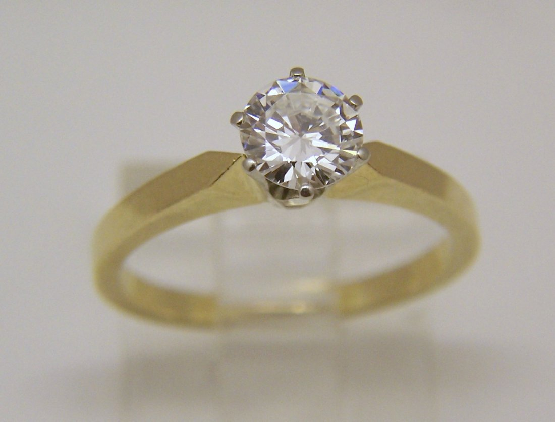 18k 3/4 Ct .75 carat VVS2 D/F diamond solitaire ring