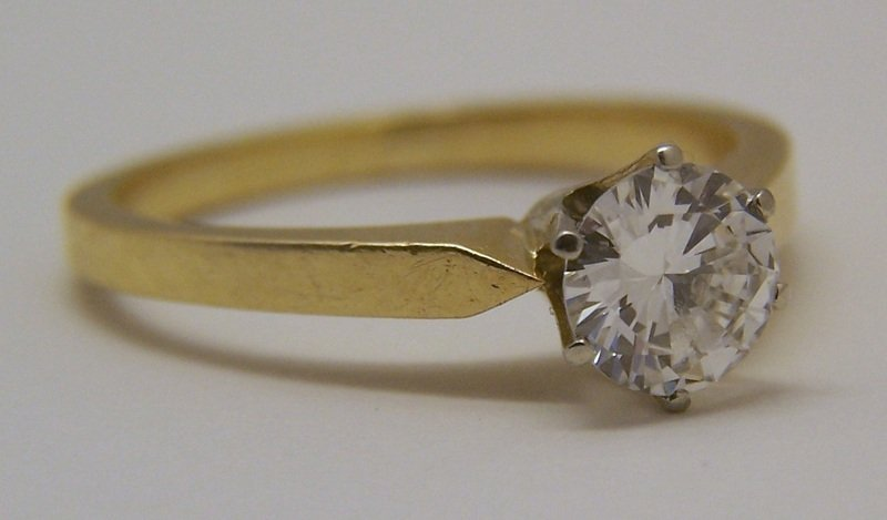 18k 3/4 Ct .75 carat VVS2 D/F diamond solitaire ring - 4
