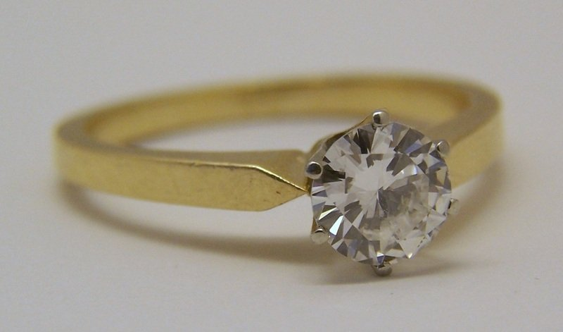 18k 3/4 Ct .75 carat VVS2 D/F diamond solitaire ring - 5