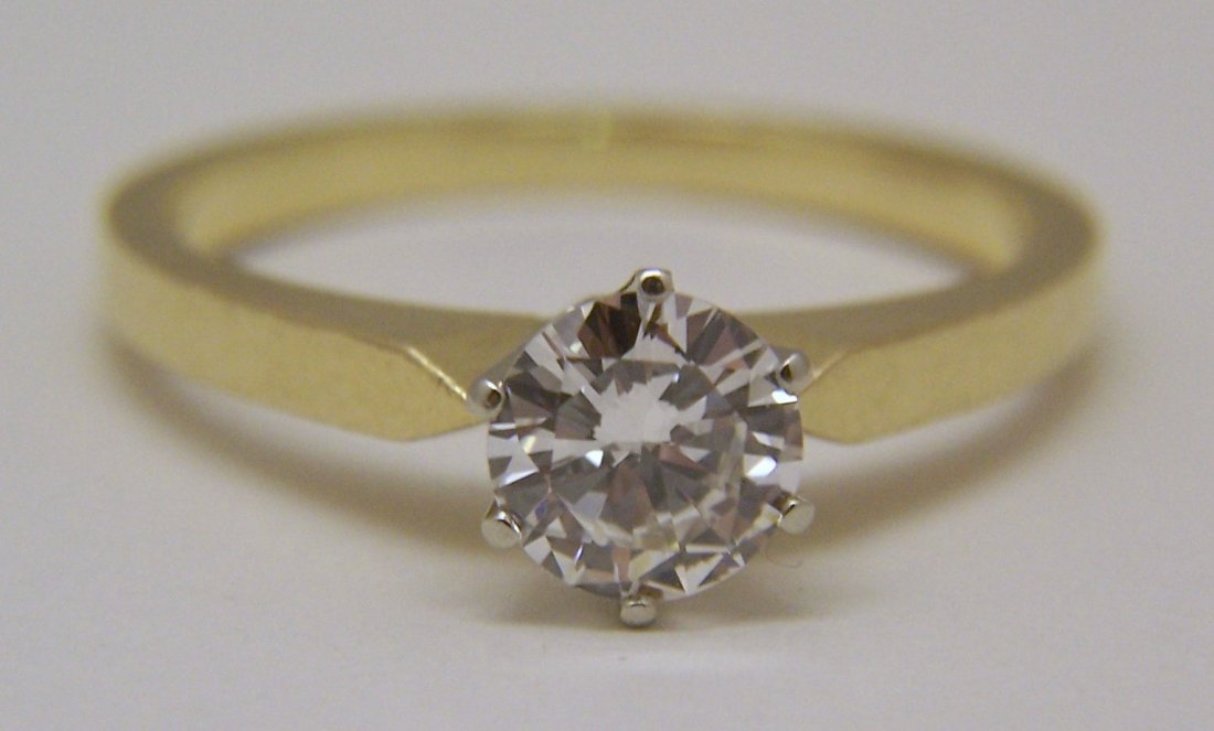 18k 3/4 Ct .75 carat VVS2 D/F diamond solitaire ring - 7