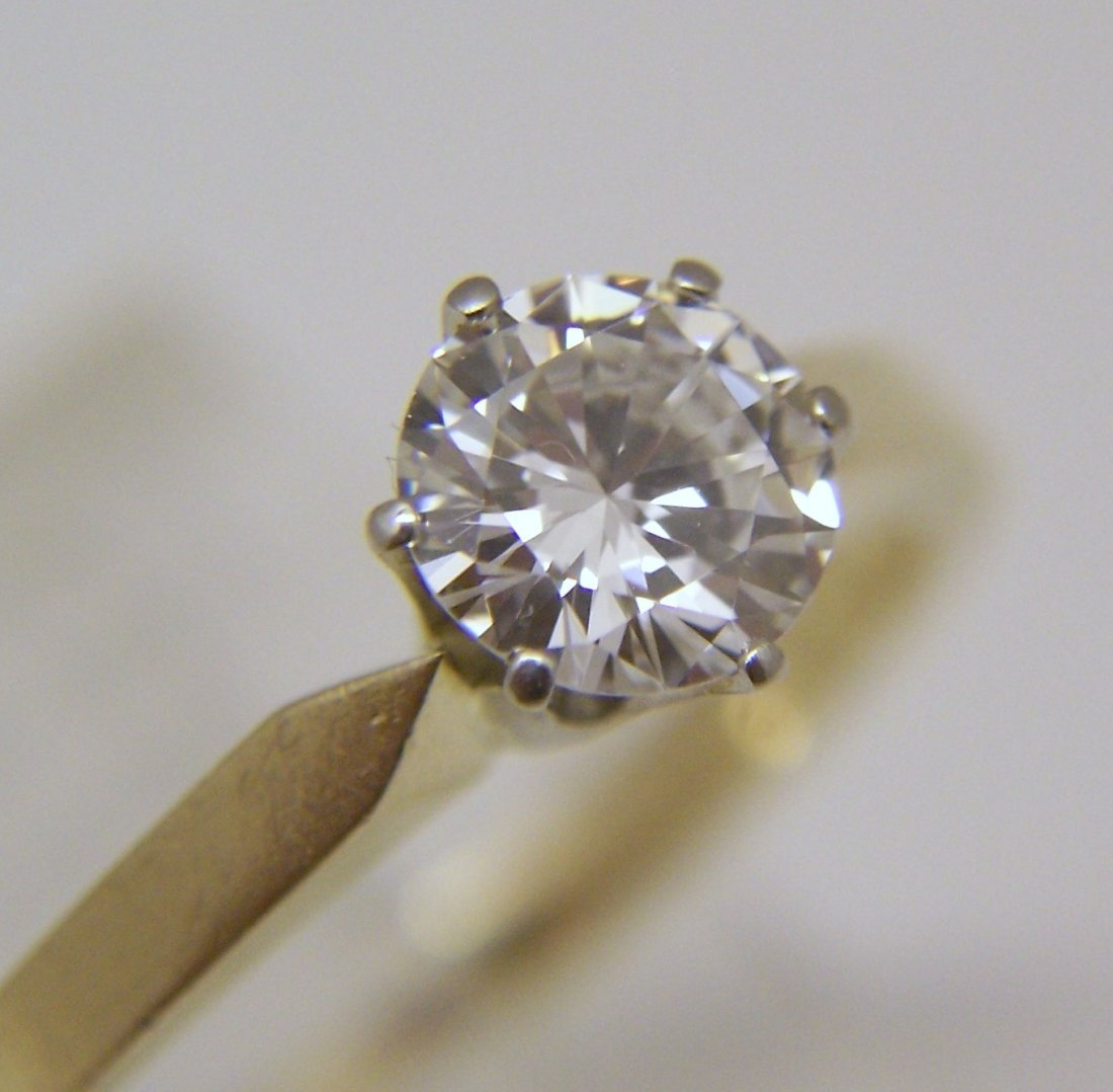 18k 3/4 Ct .75 carat VVS2 D/F diamond solitaire ring - 9