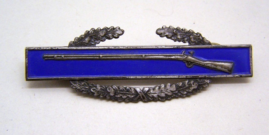 US military rifle enamel sterling silver award pin