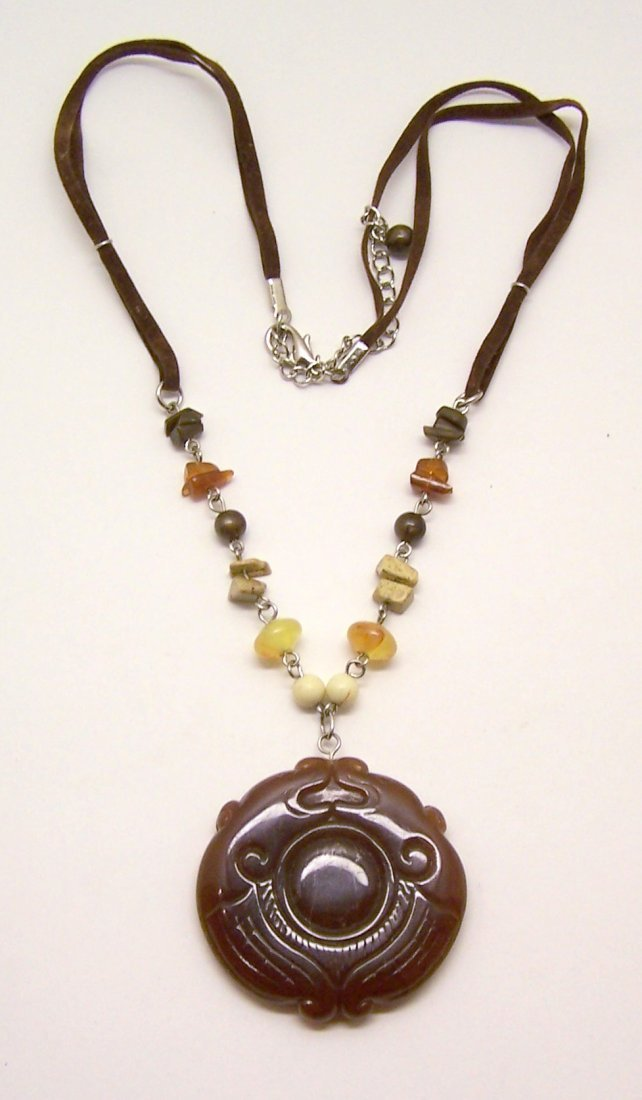silver leather lucite pendant beads necklace