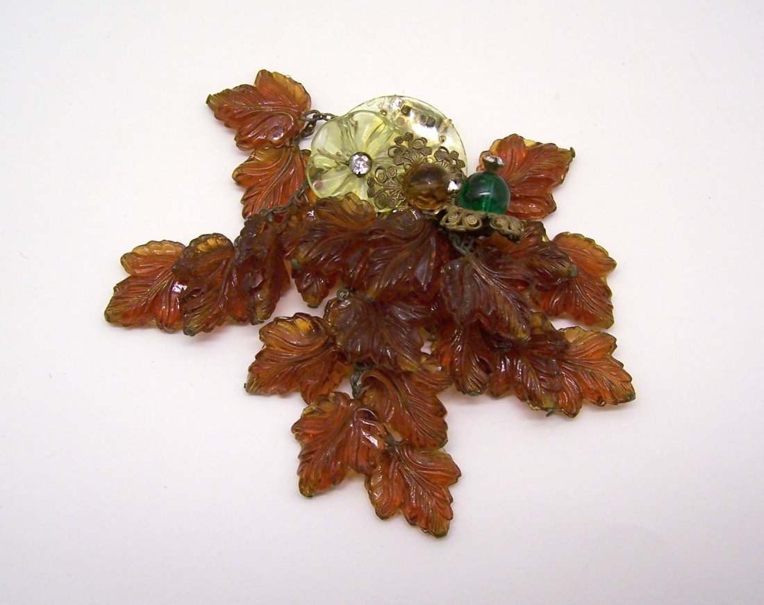 vintage molded glass dress clip brooch pin