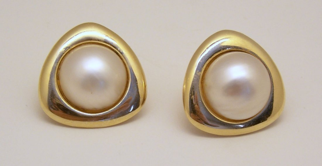 vintage 14k gold 17mm mabe pearl clip on earrings