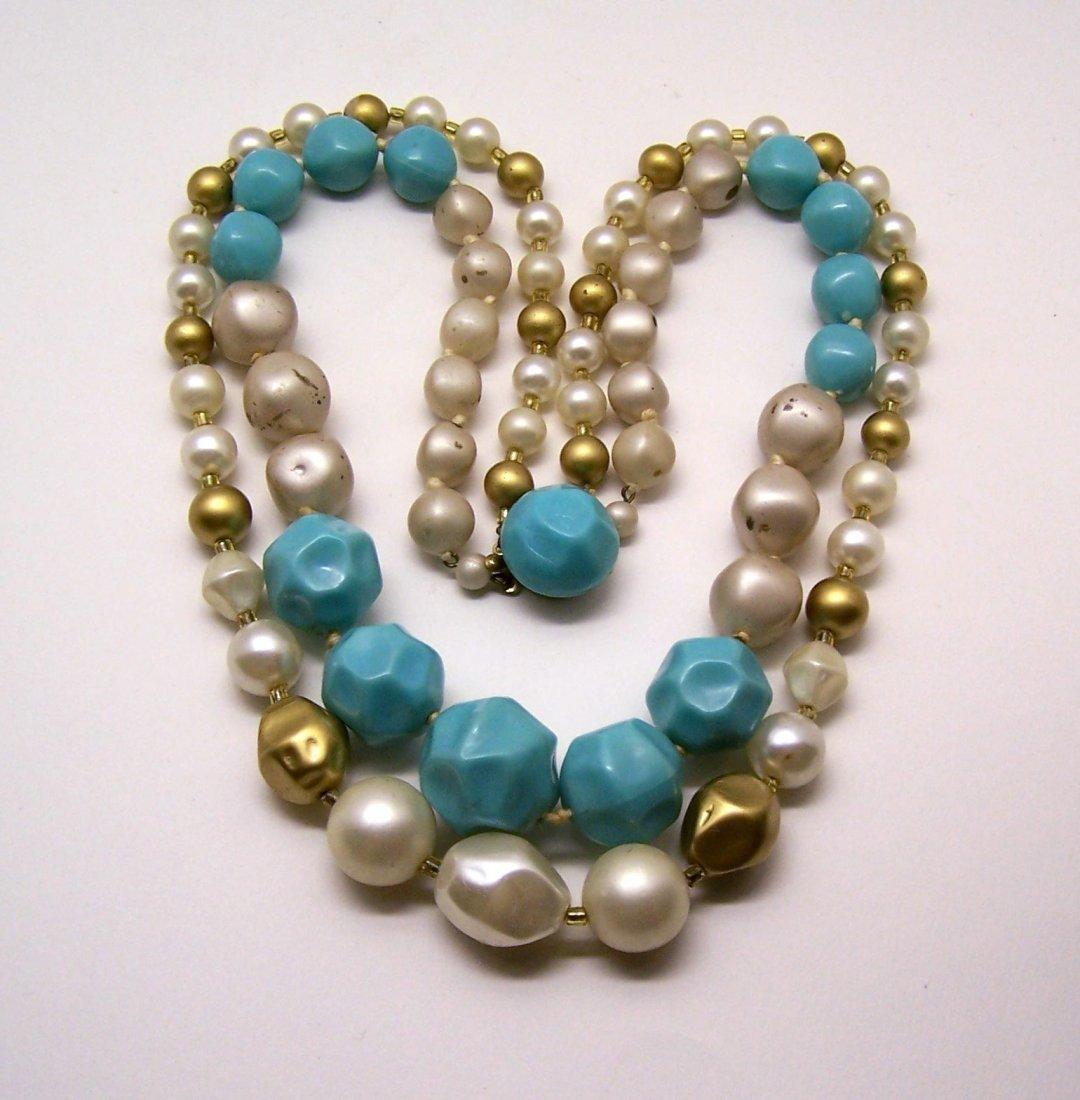 vintage lucite faux pearl necklace