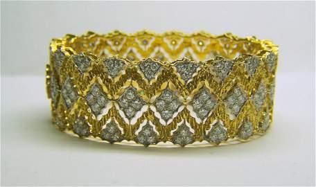 Retro 18k VS1 - D 10ctw diamond bangle bracelet