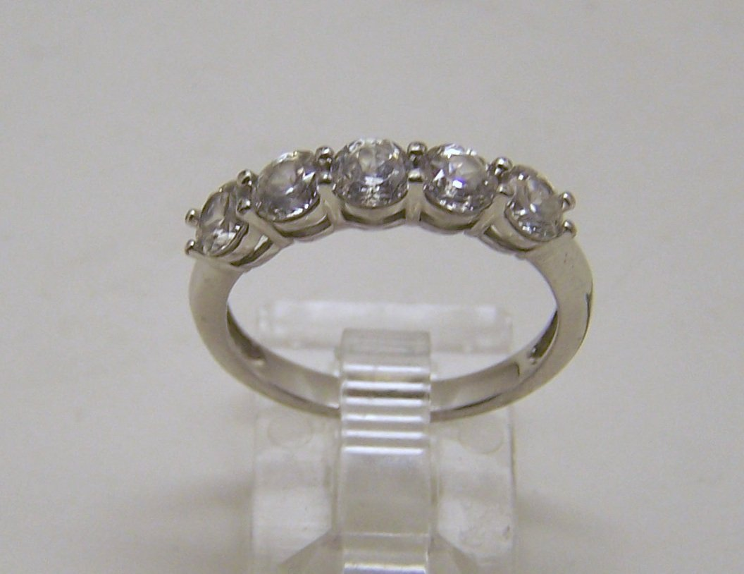 SU sterling silver Cz ring
