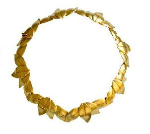 Italian handcrafted 18k gold leaf necklace