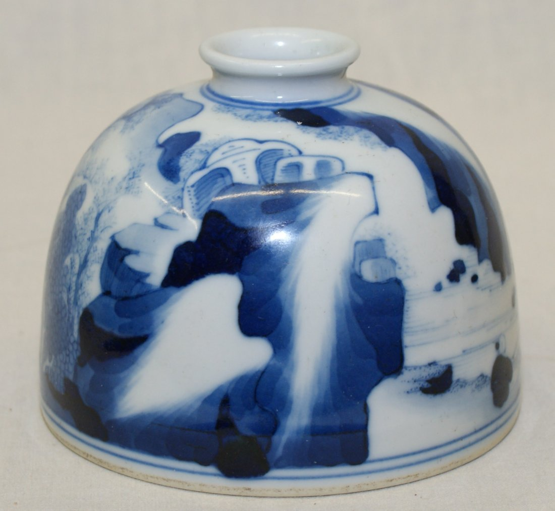 Blue and white water holder. Qing Kangxi Mark. - 4