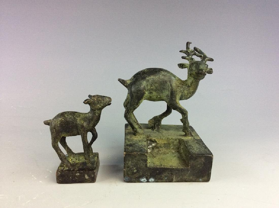 Set of Chinese bronze seal/stamp in shape of  dear and