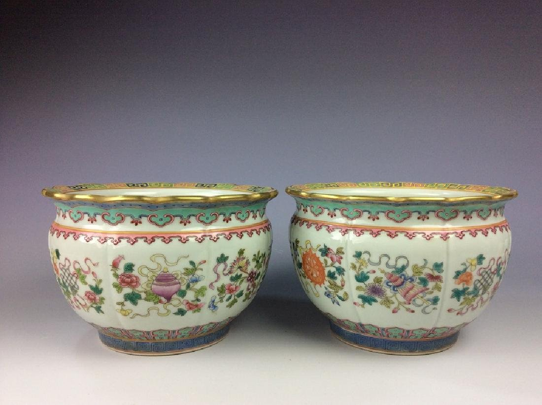 Pair of Chinese pots with eight auspicious - 2