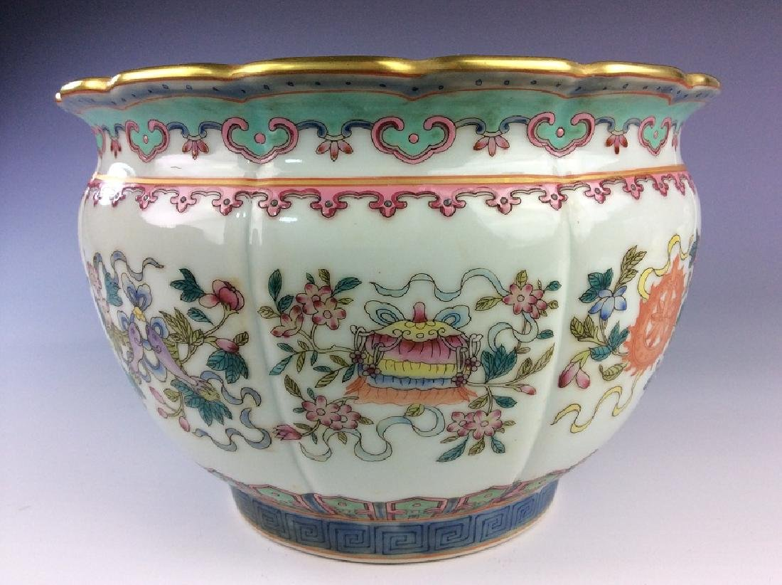 Pair of Chinese pots with eight auspicious - 6