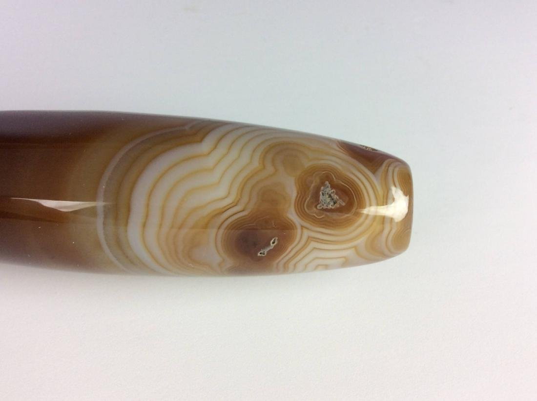 Fine Chinese agate long bead - 3