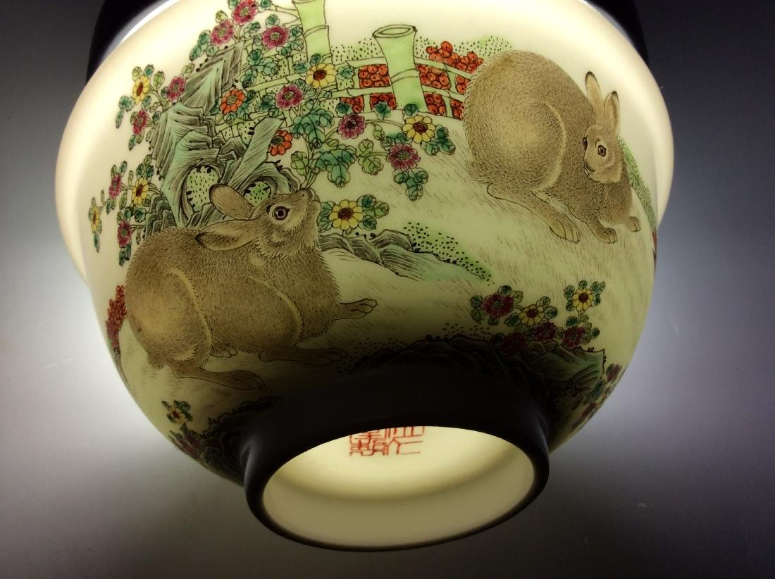 Chinese porcelain bowl  with rabbits and mark on base - 4
