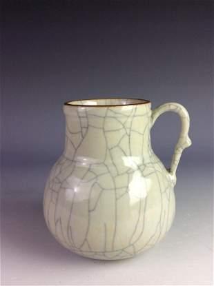 18C Vintage Qing period Chinese porcelian pot blue