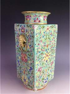 Exquisite Chinese  square vase with  floral