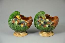 Chinese famille verte Sancai porcelain duck shape